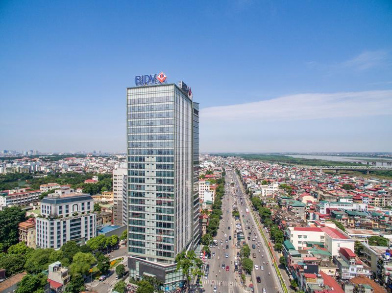 BIDV là ngân hàng Việt Nam đầu tiên tự chủ về hệ thống công nghệ, phần mềm, qua đó mang lại trải nghiệm tốt hơn và gia tăng mức độ hài lòng của khách hàng.