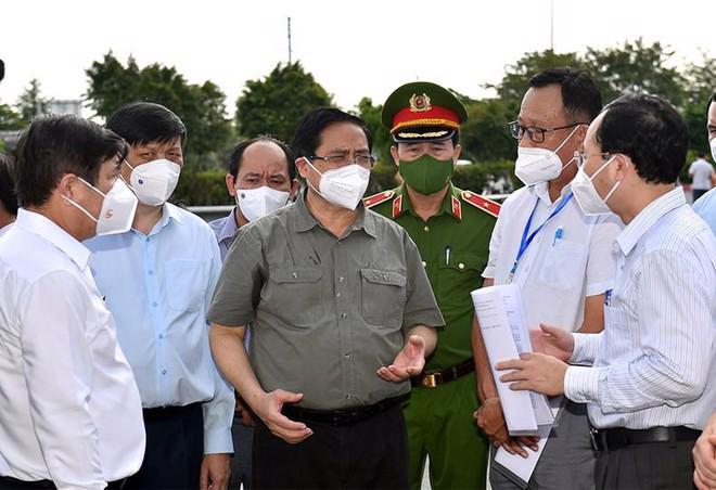 Thủ tướng Phạm Minh Chính kiểm tra công tác phòng chống Covid-19 tại TP.HCM