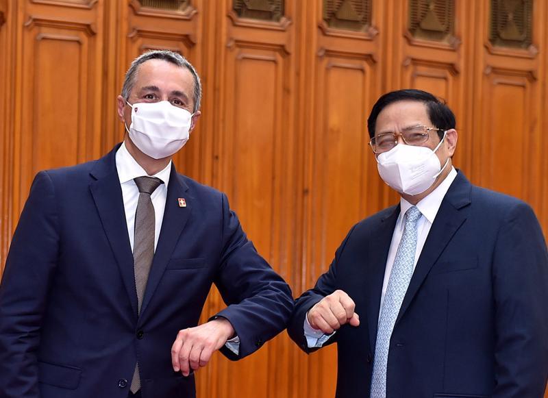 Thủ tướng Phạm Minh Chính và Phó Tổng thống, Bộ trưởng Ngoại giao Liên bang Thụy Sĩ Ignazio Cassi - Ảnh: VGP