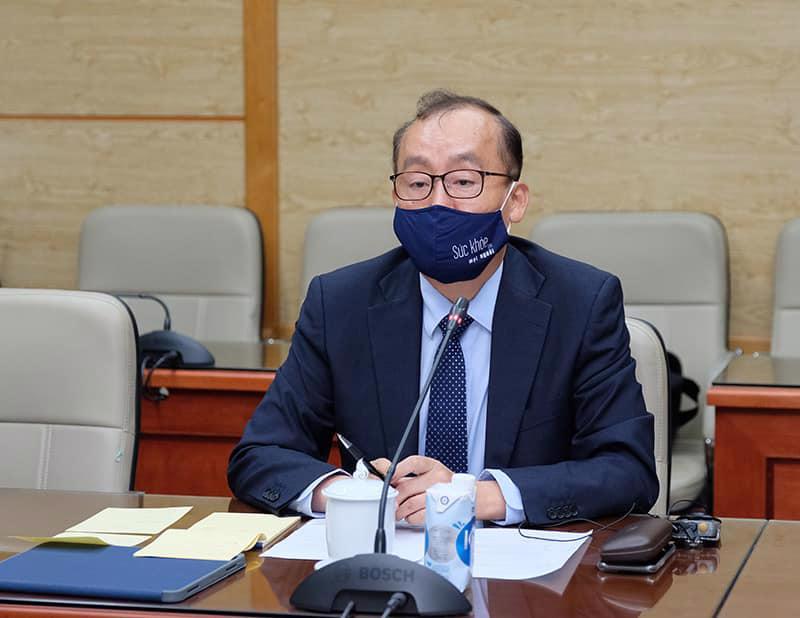 Ts. Kidong Park - Trưởng Đại diện Tổ chức Y tế Thế giới tại Việt Nam.