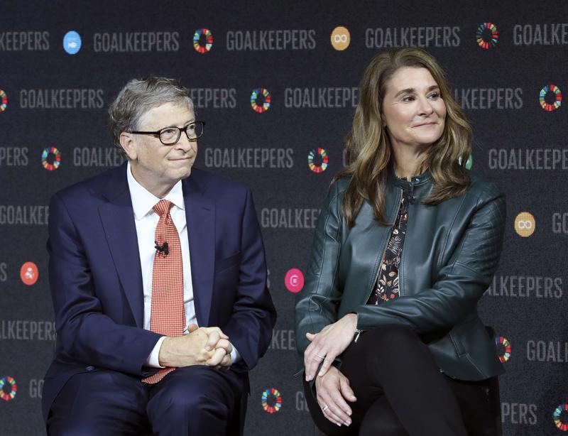 Bill Gates (trái) và French Melinda Gates - Ảnh: Bloomberg.