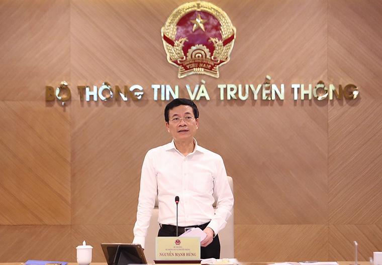 Bộ trưởng Bộ Thông tin và Truyền thông Nguyễn Mạnh Hùng phát biểu tại buổi làm việc với MobiFone chiều 5/8 - Ảnh: Mic.gov.vn.