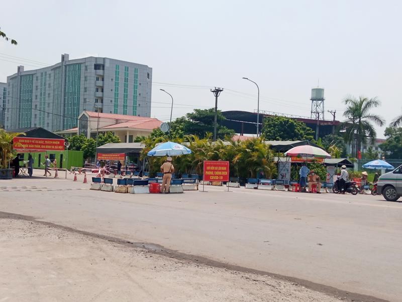 Chốt kiểm soát tại cầu Đá Bạc tỉnh Quảng Ninh