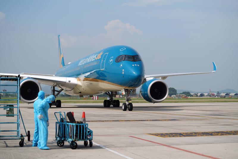 """Cục Hàng không Việt Nam đề xuất """"giấy thông hành"""" chung cho các phương tiện, người đưa đón đến sân bay"""
