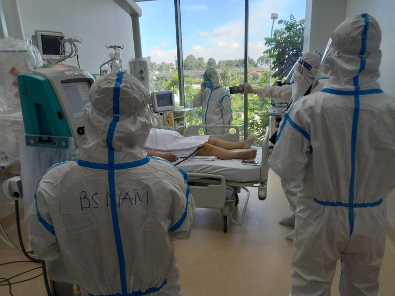 Phòng điều trị bệnh nhân nặng ở Bệnh viện Hồi sức Covid-19 TP.HCM.