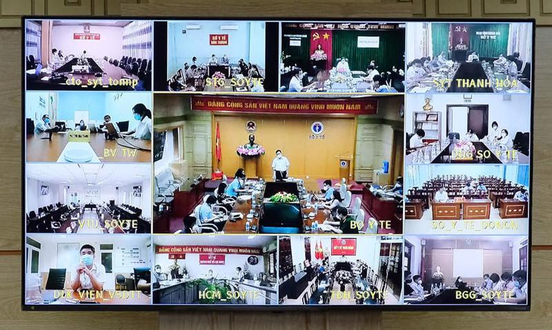 Hội nghị trực tuyến về tiến độ triển khai Chiến dịch tiêm chủng vaccine phòng Covid-19.