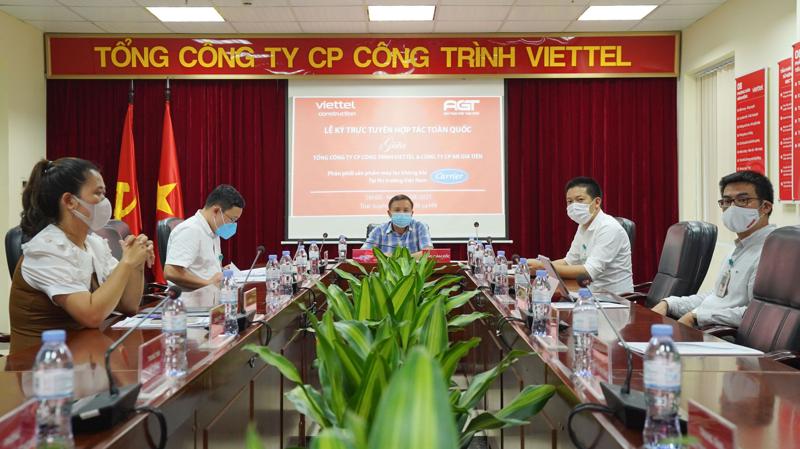 Lễ ký kết phân phối toàn quốc sản phẩm Máy lọc không khí Carrier giữa Viettel Construction và An Gia Tiến và đại diện Carrier Việt Nam.