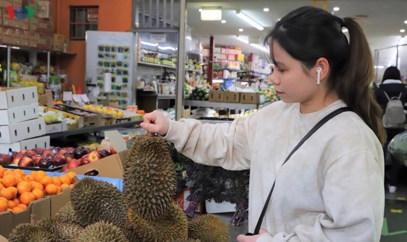 Sầu riêng Việt Nam được bày bán tại cửa hàng Australia năm 2020.