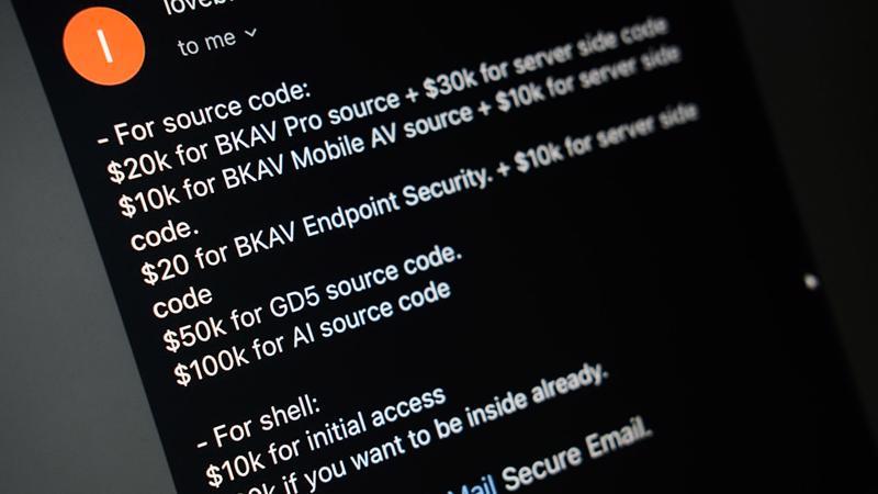"""""""chunxong"""" chào bán dữ liệu qua email với giá 290.000 USD (khoảng 6,6 tỷ đồng)…"""