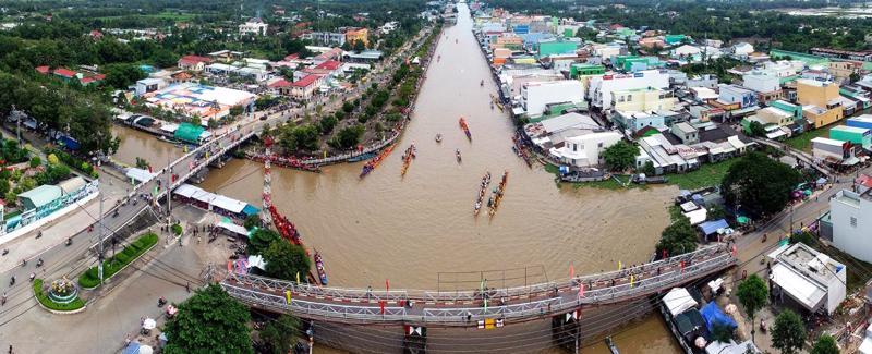 Bạc Liêu đang quy hoạch để đạt tỷ lệ đô thị hóa 45% vào năm 2025 (huyện Phước Long, tỉnh Bạc Liêu nhìn từ trên cao).