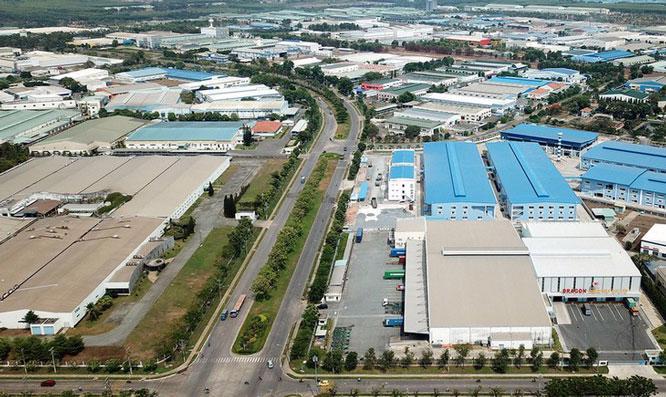 Còn nhiều bất cập trong phát triển khu công nghiệp.