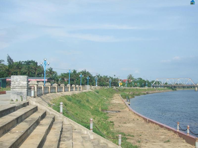 """Thông qua Đề xuất Dự án """"Phát triển đô thị ven biển miền Trung hướng đến tăng trưởng xanh và ứng phó với biến đổi khí hậu thành phố Đông Hà, tỉnh Quảng Trị"""" sử dụng vốn vay của AFD."""