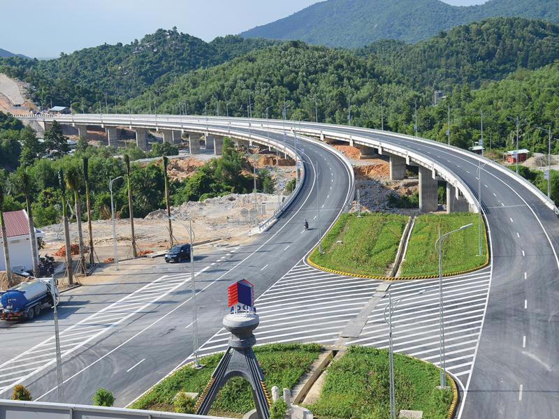 Tập đoàn Đèo Cả hiến kế thu hút vốn cho các dự án giao thông.