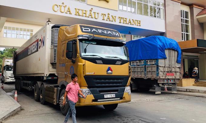 Cửa khẩu Tân Thanh hoạt động bình thường.