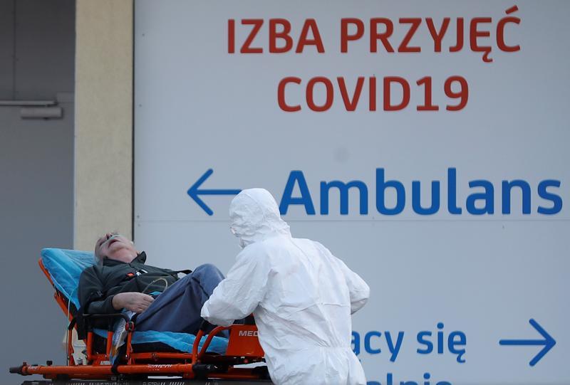 Ba Lan đã trải qua ba đợt phong toả để chống Covid-19 - Ảnh: Reuters.
