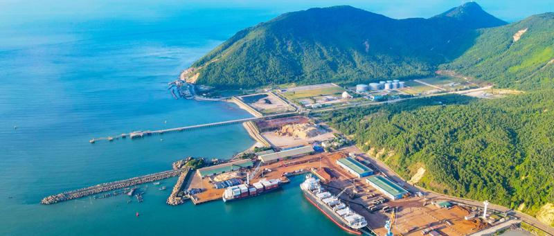 """Tuyến cao tốc đoạn Bãi Vọt - Vũng Áng sẽ kết nối với khu kinh tế Vũng Áng - """"bến đỗ"""" của những dự án lớn tại Hà Tĩnh."""