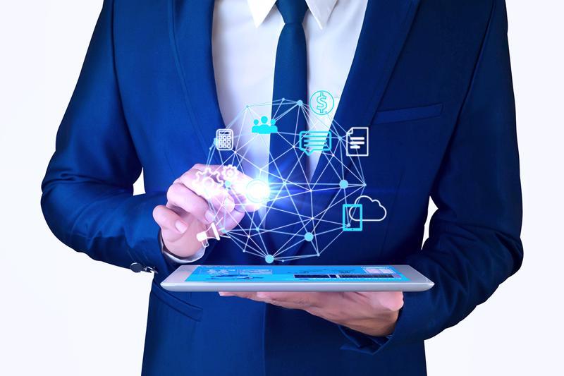 Bộ đôi công cụ Internet banking và ứng dụng Viet Capital Biz sẽ giúp chủ doanh nghiệp quản lý dòng tiền thuận lợi, giao dịch nhanh chóng và giám sát chính xác nguồn tiền kinh doanh chỉ với một chiếc điện thoại có kết nối 4G.