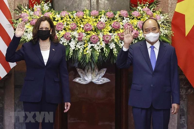 Phó Tổng thống Mỹ Kamala Harris và Chủ tịch nước Nguyễn Xuân Phúc - Ảnh: TTXVN