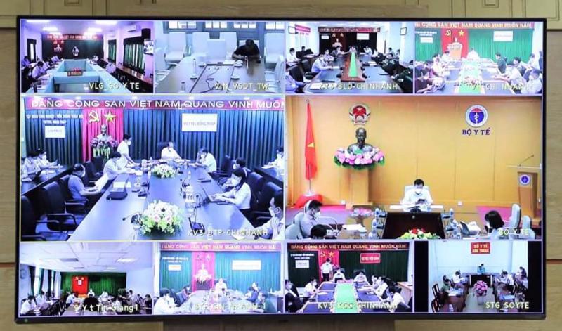 Thứ trưởng Bộ Y tế Đỗ Xuân Tuyên chủ trì cuộc họp trực tuyến với 12 tỉnh, thành Tây Nam Bộ