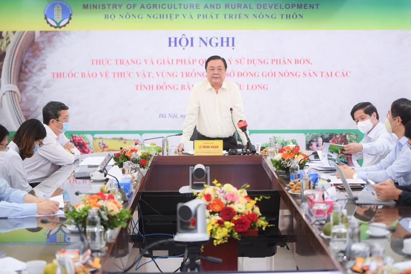 Hội thảo về thực trạng sử dụng phân bón, thuốc bảo vệ thực vật.