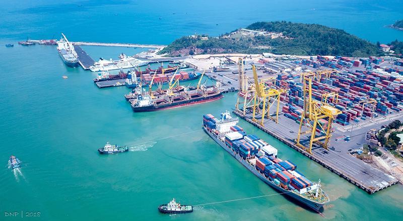 Miễn, giảm một số loại phí hàng hải cho tàu chuyển tải dầu tại vịnh Vân Phong, Khánh Hoà từ ngày 12/10.