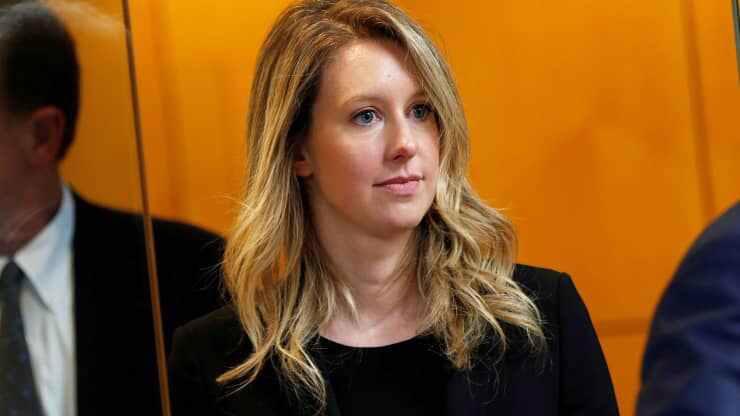 Elizabeth Holmes xuất hiện tại toà án ở San Jose, California, tháng 7/2019 - Ảnh: Reuters.