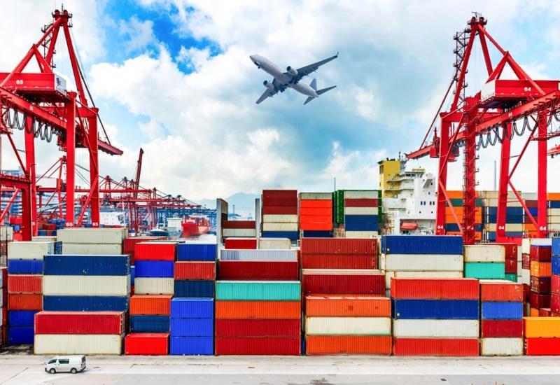 Thu cân đối ngân sách từ hoạt động xuất, nhập khẩu đạt trên 150 nghìn tỷ đồng, bằng 85,2% dự toán năm.