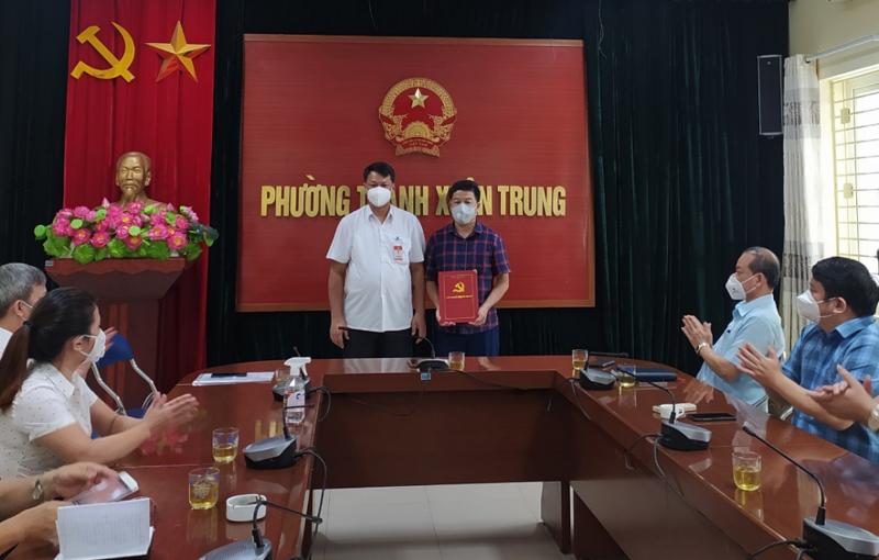 Ông Nguyễn Xuân Hải được điều động giữ chức vụ Bí thư Đảng ủy phường Thanh Xuân Trung, nhiệm kỳ 2020-2025 vào sáng ngày 2/9.