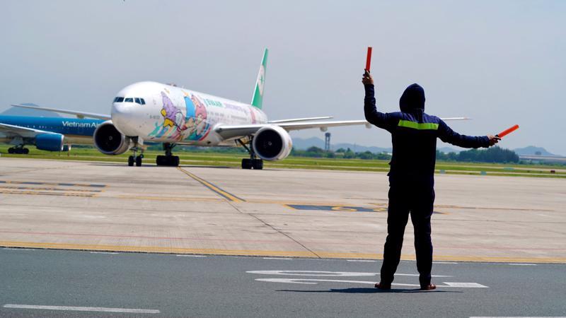 Bộ Giao thông Vận tảiđề nghị Hà Nội cho nhân viên hàng không sử dụng giấy đi đường cũ