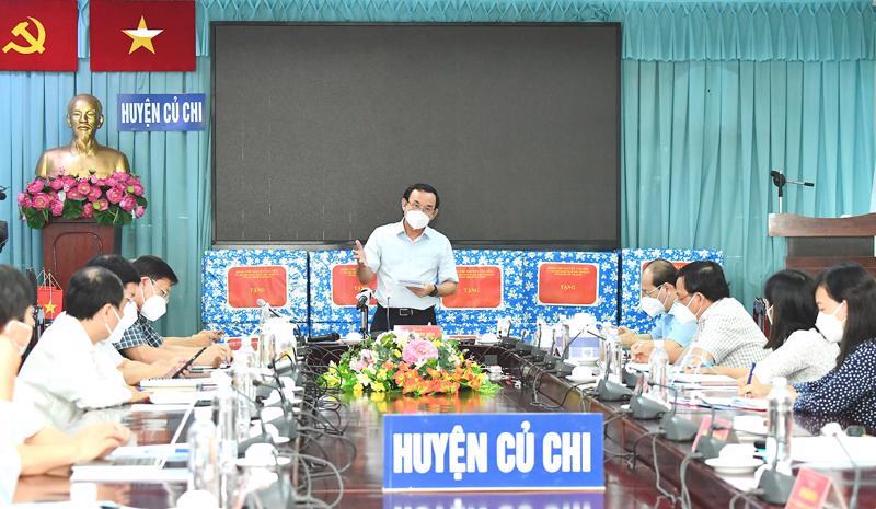 Bí thư Thành ủy Nguyễn Văn Nên đề nghị Ban Chỉ đạo phòng, chống dịch Covid-19 TP.HCM chọn huyện Củ Chi và quận 7 là hai mũi đột phá, thí điểm cho kịch bản bình thường mới sau 15/9.