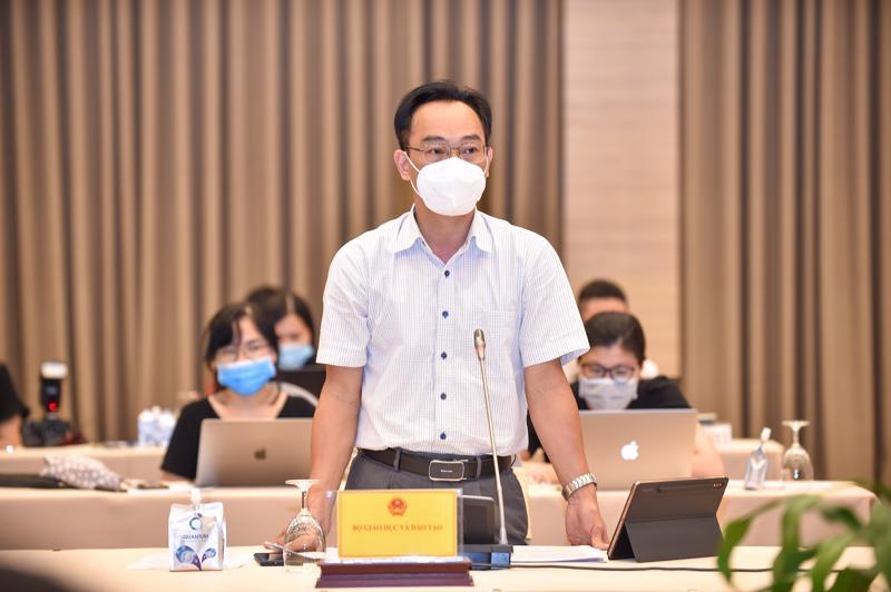 Thứ trưởng Bộ Giáo dục và Đào tạo Hoàng Minh Sơn - Ảnh: VGP