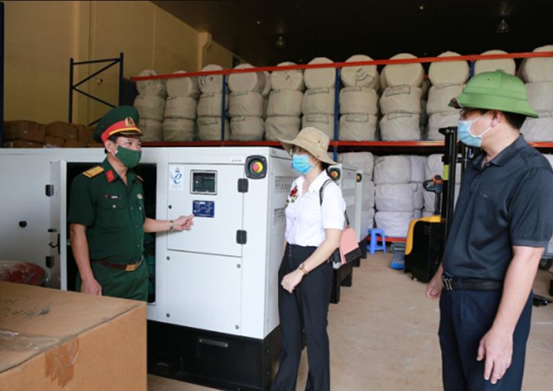 Lực lượng phòng chống dịch Covid-19 tiếp nhận 510 bộ nhà bạt cứu sinh và 24 máy phát điện từ cục Dự trữ Nhà nước.