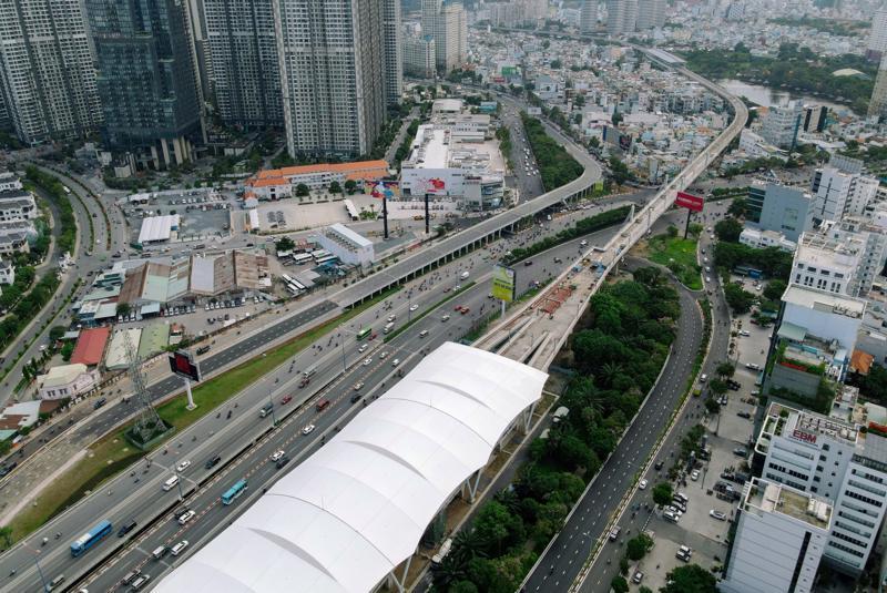 Metro số 1 Bến Thành - Suối Tiên vẫn chưa hết trắc trở sau 14 năm chờ đợi.
