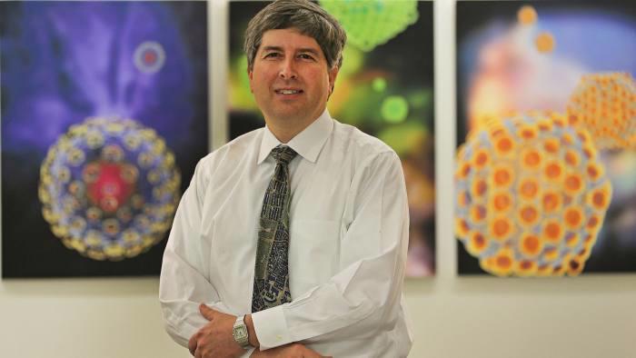 Giám đốc khoa học của Pfizer, ông Philip Dormitzer - Ảnh: Getty/FT.