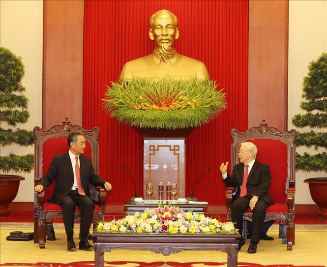 Tổng Bí thư Nguyễn Phú Trọng tiếp đồng chí Vương Nghị, Ủy viên Quốc vụ, Bộ trưởng Ngoại giao Trung Quốc - Ảnh: TTXVN/Trí Dũng