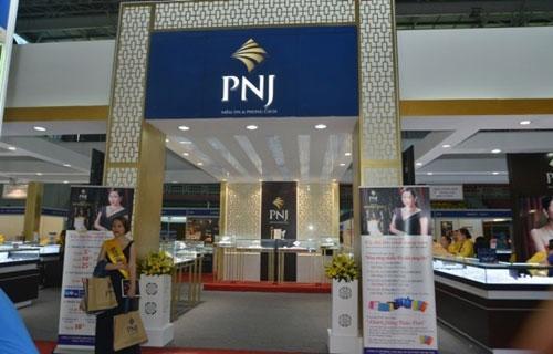 Đến cuối tháng 7, PNJ đã tạm đóng 274 cửa hàng trên toàn hệ thống để thực hiện nghiêm chỉnh việc giãn cách xã hội.