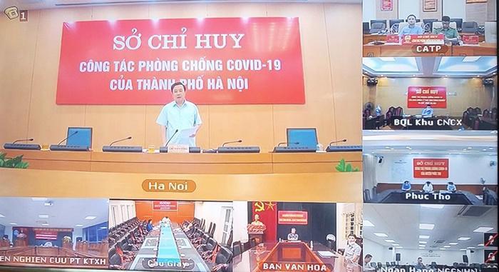 Phó Chủ tịch UBND TP. Hà Nội Chử Xuân Dũng chỉ đạo tại giao ban. Ảnh - Quỳnh Anh.
