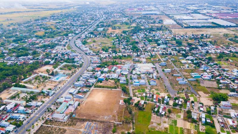 Khu vực Điện Nam – Điện Ngọc nằm ở địa thế thuận lợi giữa TP. Đà Nẵng và phố cổ Hội An.