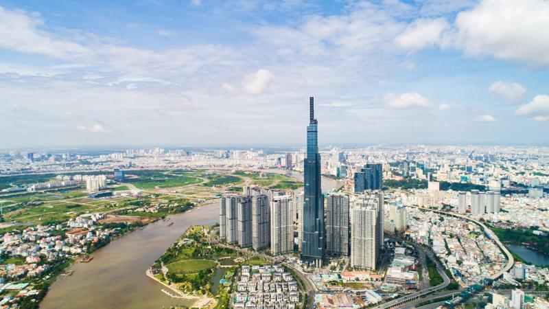 Toà tháp The Landmark 81 có chiều cao hơn 461m - biểu tượng mới của TPHCM.