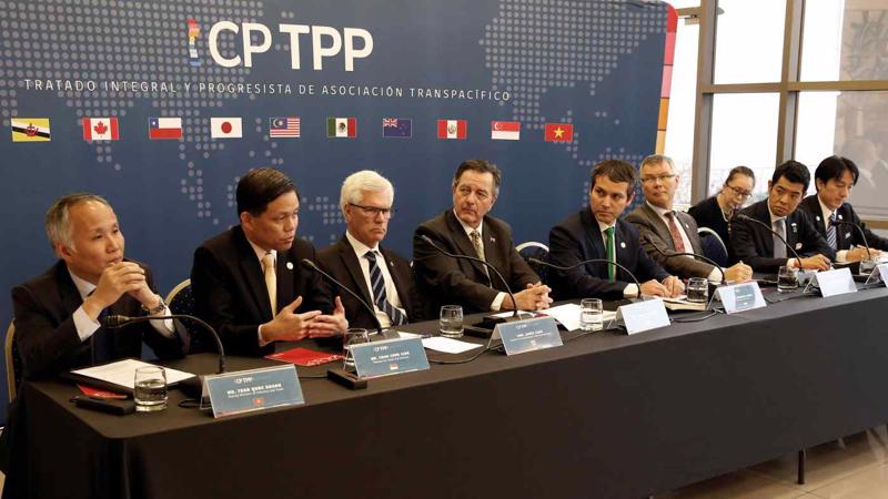 Đại diện các nước thành viên CPTPP trong một cuộc họp báo tại Santiago, Chile năm 2019 - Ảnh: Reuters