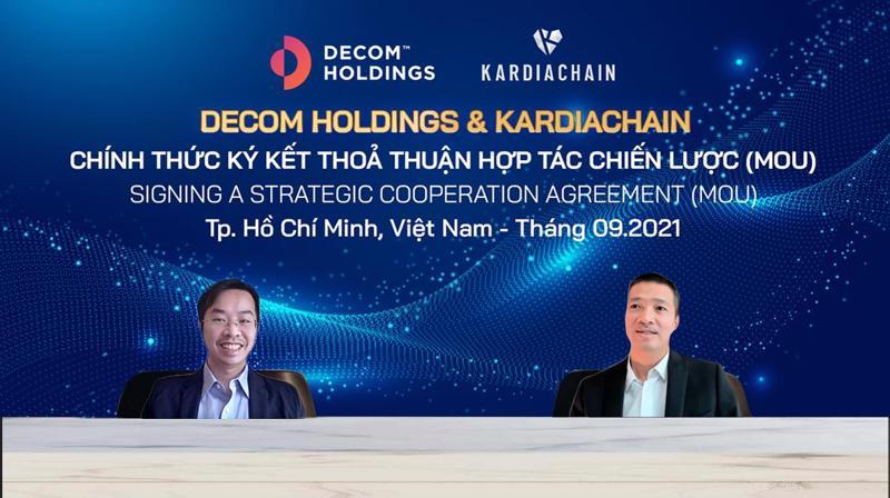 Ông Trí Phạm (bên trái) và ông Phan Đức Trung (bên phải) tại sự kiện.