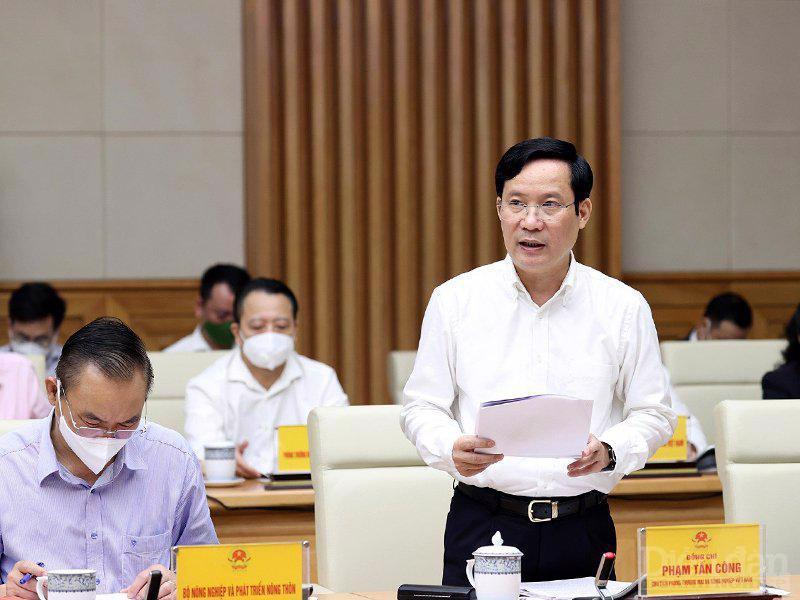 """Đại diện cộng đồng doanh nghiệp, ông Phạm Tấn Công, Chủ tịch VCCI đề xuất các kiến nghị tại Hội nghị Thủ tướng gặp gỡ doanh nghiệp"""" ngày 26/9."""