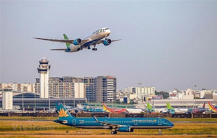 Hà Nội đề nghị chưa tiếp nhận các chuyến bay nội địa.