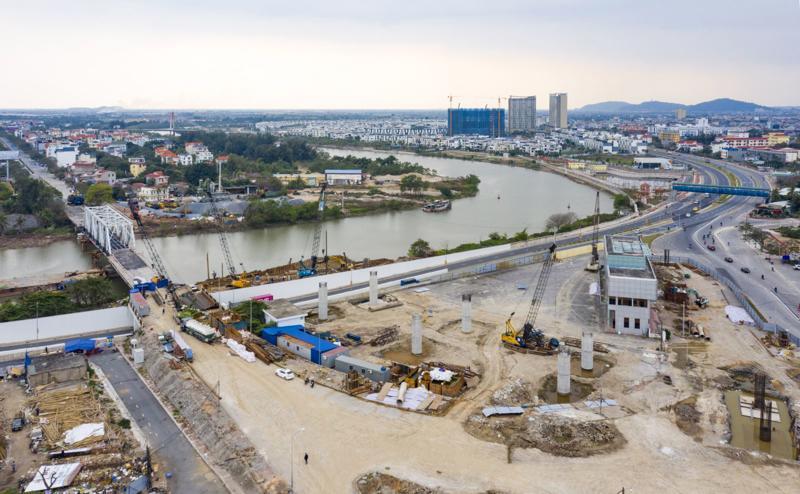 Dự án thi công xây dựng cầu Rào nỗ lực về đích.