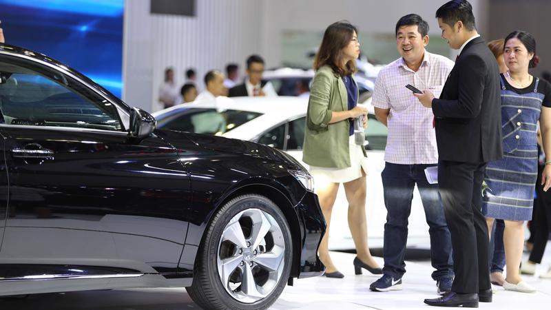 """Khi số lượng xe bán ra sụt giảm mạnh, bảo hiểm xecơ giới vốn dĩ là nghiệp vụ giữ thị phần doanh thu đứng đầu và có tốc độ tăng trưởng cao, nhưng nay không thể giữ được """"phong độ"""" và mất đà tăng trưởng."""