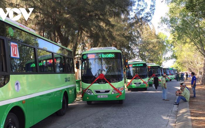 Bốn tuyến buýt gồm tuyến 77, 99, 127 và 128 sẽ hoạt động lại từ ngày 05/10/2021 sau thời gian dài ngừng hoạt động vì giãn cách.