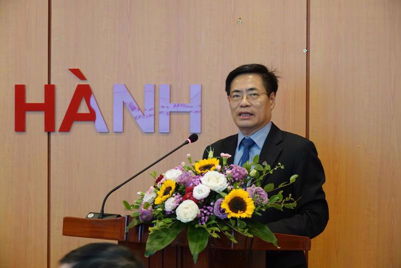 Mr. Truong Hung Long, Director of the Department of Debt Management and External Finance, at an online conference with ministries and branches.
