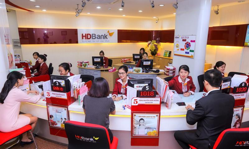 Trong 9 tháng đầu năm, vượt lên ảnh hưởng của đại dịch, hoạt động kinh doanh của HDBank vẫn diễn ra sôi nổi và tích cực, kiểm soát tốt mọi rủi ro và duy trì hoạt động liên tục.