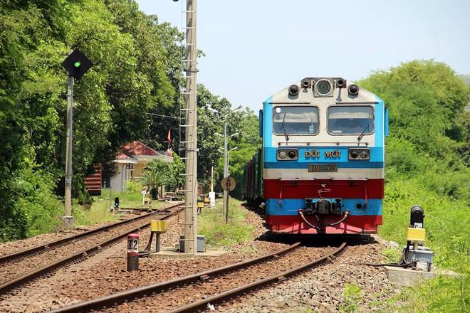Thương vụ mua cổ phần của Tổng Công ty đường sắt Việt Nam (VNR) bất thành do vướng mắc về ngành nghề, tỷ lệ sở hữu và vấn đề nhà đất.