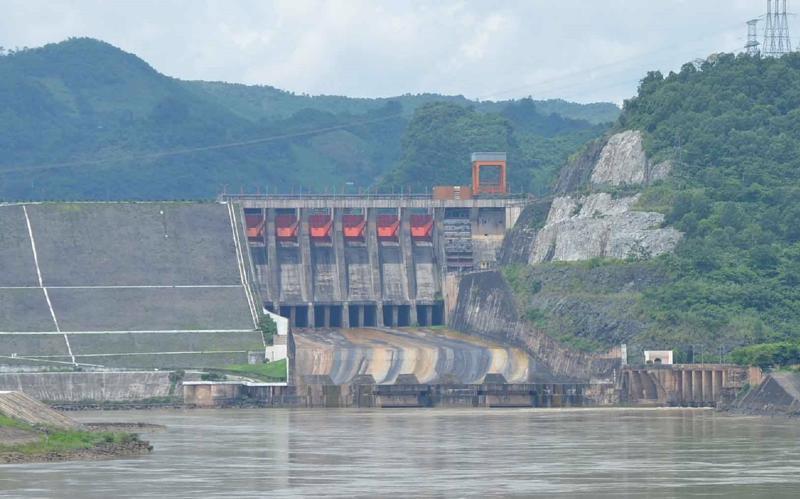 Nhà máy thủy điện Hòa Bình.